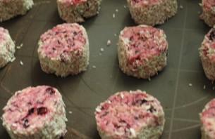 Песочное печенье со смородиной - фото шаг 4