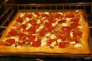 Пицца с томатами и козьим сыром - фото шаг 6