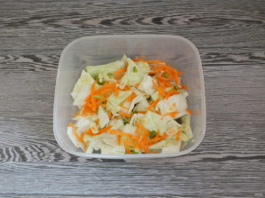 "Корейский салат ""Бомба"" - фото шаг 5"
