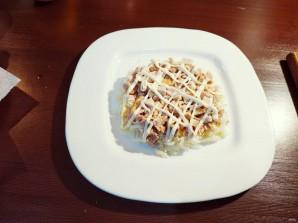 "Салат с куриным филе ""Рандеву"" - фото шаг 10"