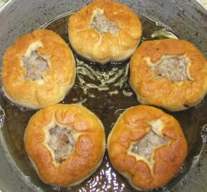 Беляши с мясом на сковороде - фото шаг 9