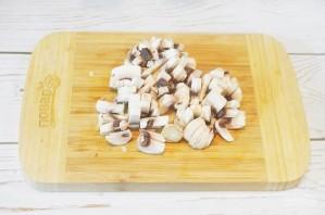 Говядина, тушенная с грибами и бренди-соусом - фото шаг 3