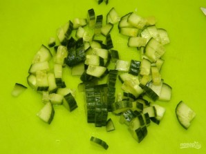 Овощной салат с кукурузой - фото шаг 2