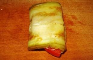 Жареные баклажаны с сыром и чесноком - фото шаг 7