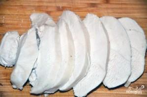 Салат с блинами и курицей - фото шаг 4