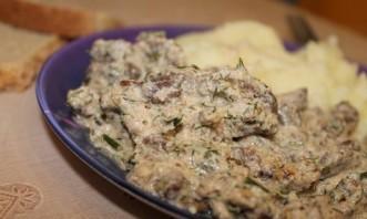 Тушеная телятина со сливками - фото шаг 10