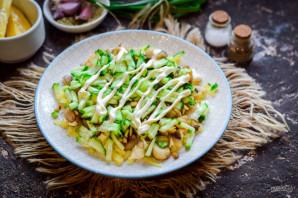 Салат с грибами и сыром - фото шаг 6