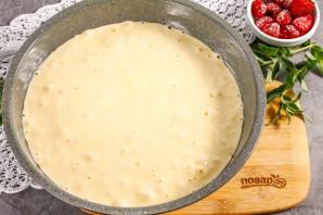 Пирог с клубникой и малиной - фото шаг 4
