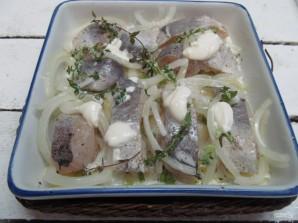 Хек в духовке с картошкой  - фото шаг 6