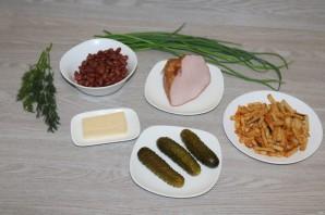 Салат с фасолью, ветчиной и сухариками - фото шаг 1