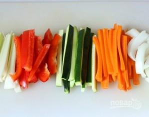 Куриные рулетики с овощами - фото шаг 3