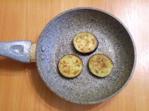 Баклажаны, жаренные на сковороде - фото шаг 5