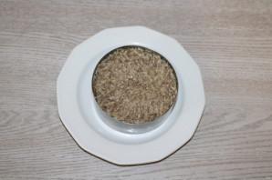Салат из риса и шпрот - фото шаг 5