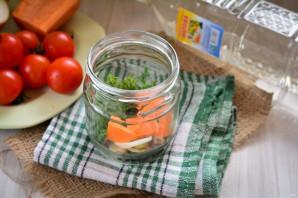 Сладкие помидоры с луком на зиму - фото шаг 2