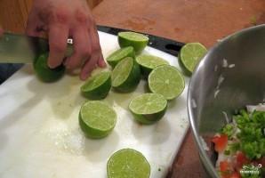 Салат с креветками и крабовым мясом - фото шаг 7