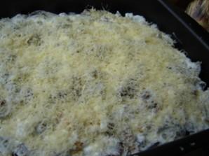 Лисички, запеченные в духовке с овощами - фото шаг 5