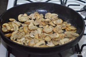 Картошка с грибами - фото шаг 7