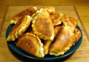 Пирожки с солеными огурцами - фото шаг 6