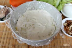 Салат с консервированной рыбой и картошкой - фото шаг 3
