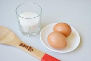 Меренги-сердечки с мороженым - фото шаг 1