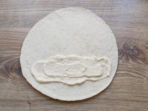 Тортилья с тунцом - фото шаг 3
