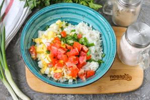 Салат с рисом и красной рыбой - фото шаг 4