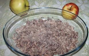 """Салат """"Мимоза"""" с сыром и яблоком - фото шаг 1"""