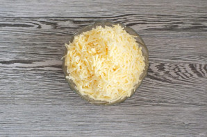 Рогалики с сыром из дрожжевого теста - фото шаг 8