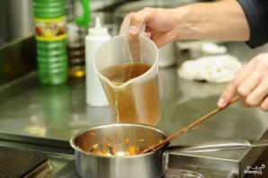 Суп из лисичек с фасолью - фото шаг 10