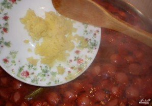 Подливка из сосисок - фото шаг 6