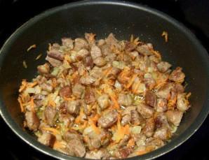 Солянка из свежей капусты с мясом - фото шаг 2