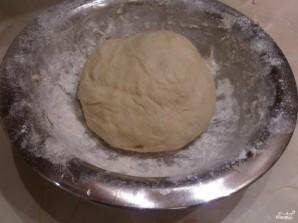 Дрожжевое тесто на кефире для булочек - фото шаг 5