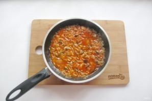 Солянка с солеными грибами - фото шаг 5