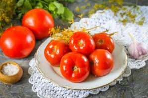 Квашеные помидоры с чесноком и зеленью - фото шаг 8