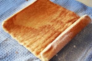 Рулет бисквитный с творожным кремом - фото шаг 5