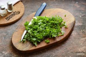 Салат с кинзой и грибами - фото шаг 4