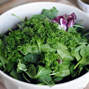 Клубничный салат со шпинатом - фото шаг 5