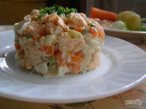 Салат с семгой - фото шаг 6