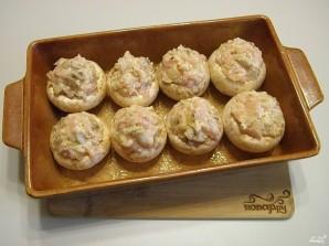 Фаршированные шампиньоны в духовке с сыром - фото шаг 8