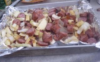 Жареная картошка с охотничьими колбасками - фото шаг 2