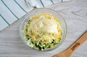Салат с копченым мясом и огурцом - фото шаг 6