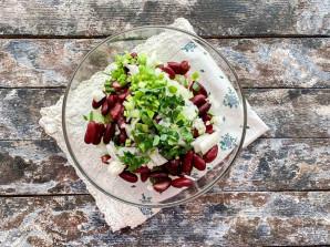Салат с красной консервированной фасолью - фото шаг 6
