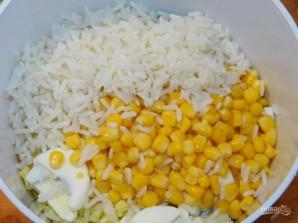 Рисовый салат с кукурузой  - фото шаг 3