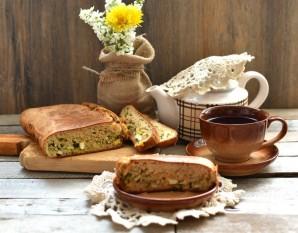 Быстрый заливной пирог с ранней капустой, яйцами и зеленью - фото шаг 7