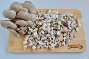 Тарталетки с паштетом и грибами - фото шаг 2