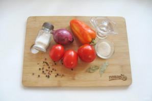 "Салат ""Лакомка"" из помидор на зиму - фото шаг 1"
