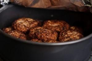 Котлеты мясные в духовке - фото шаг 8