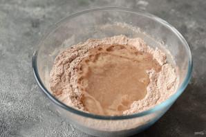 Постный шоколадный пирог с вишней - фото шаг 5