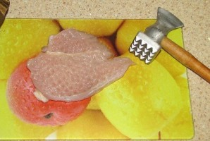 Курица в сливочно-чесночном соусе - фото шаг 1