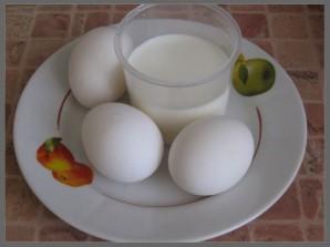 Быстрый омлет на сковороде - фото шаг 1
